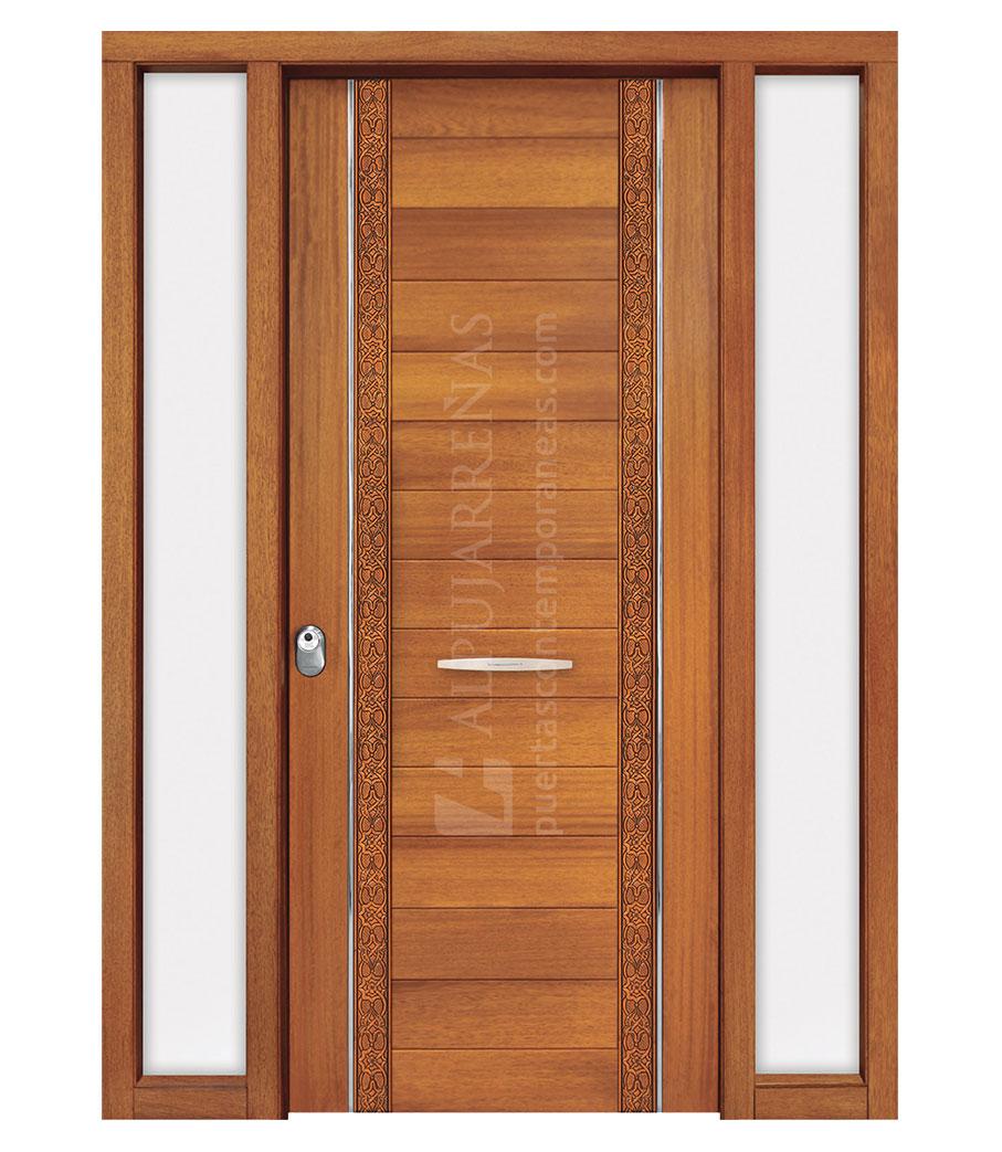 Puerta exterior madera maciza modelo 3040 maderas ravira estepona armarios tableros a for Disenos de puertas de madera para exterior